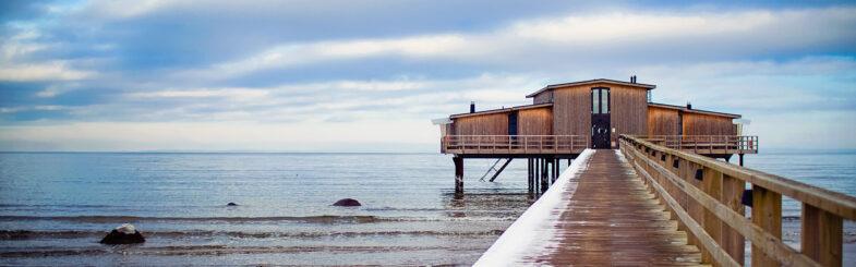 kallbadhuset-vinter-spamorgon-skansen