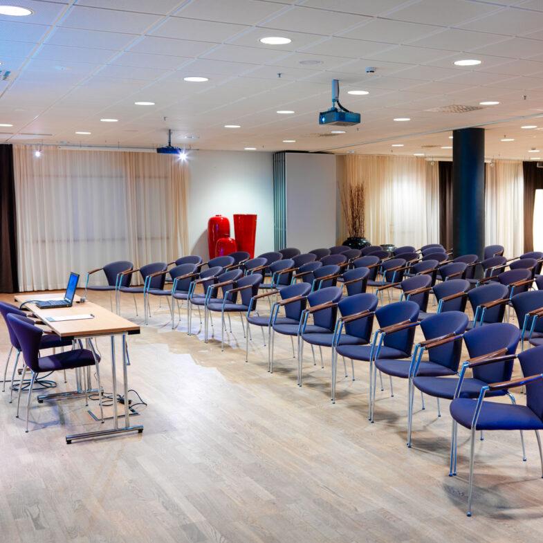 Båstad + Bjäre, stor konferenslokal på Hotel Skansen
